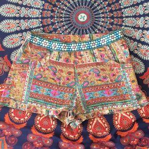 beautiful boho patterned high waisted shorts!